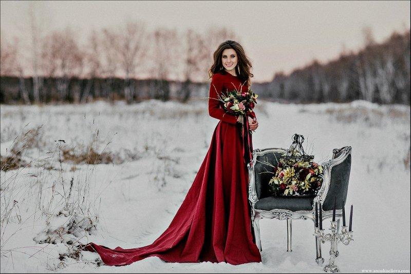 Невеста в красном