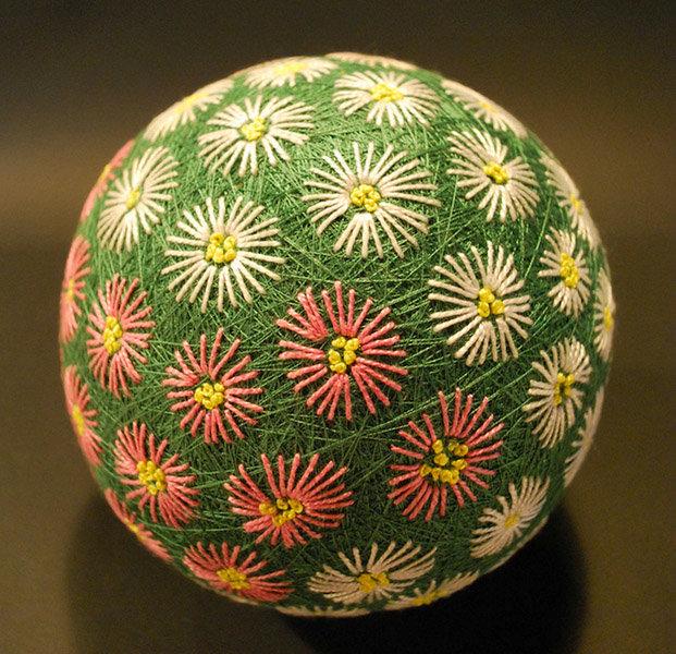 Красивые шары темари