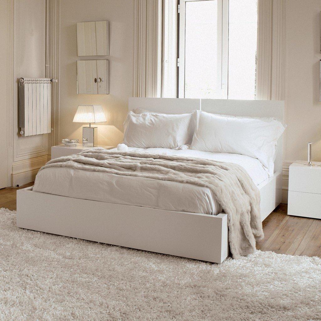 фото спален с белой мебелью четыре десятилетия модель