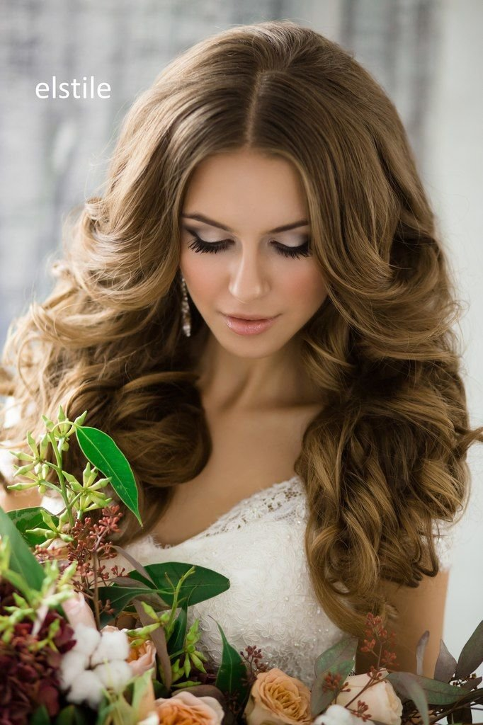 локоны крупные на средние волосы фото