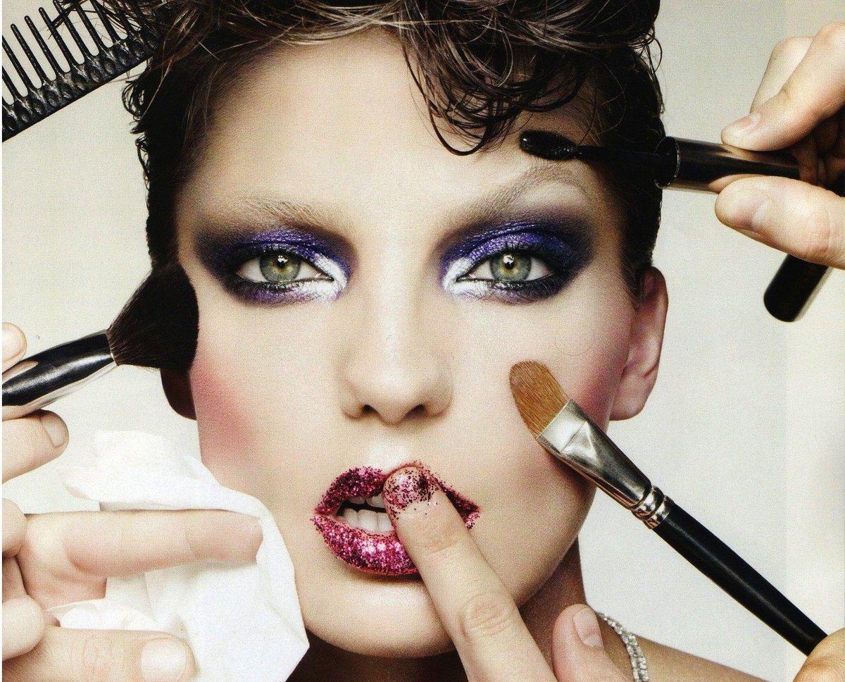 можно прикольные картинки макияж для себя надо