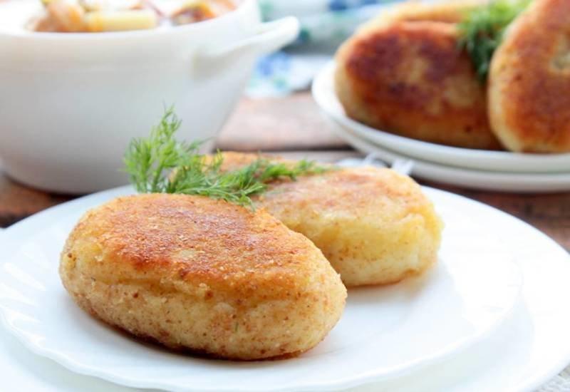Оригинальный простой рецепт низкокалорийных картофельных зраз с куриным фаршем