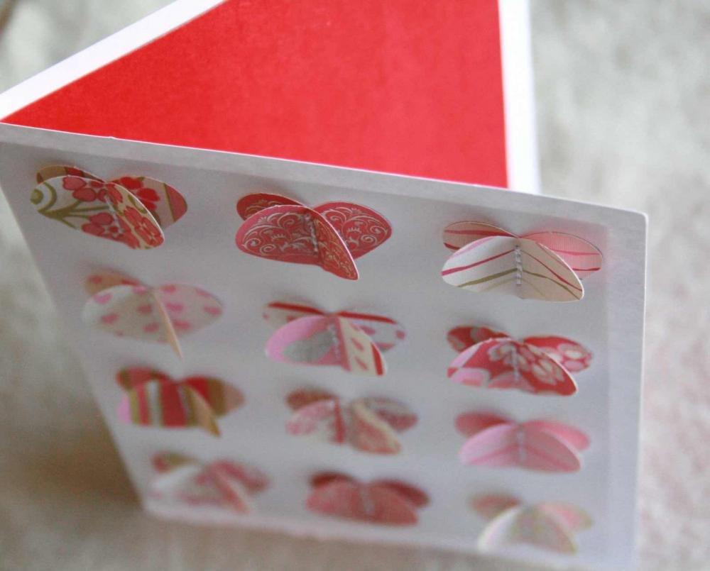 Сердечки выпуклые на открытке