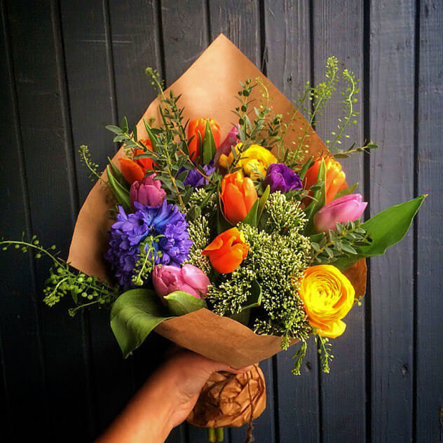 Идеальный букеты на 8 марта маме, цветы