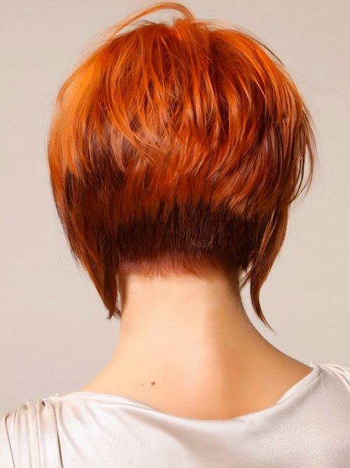 фото рыжей девушки с короткими волосами со спины сети