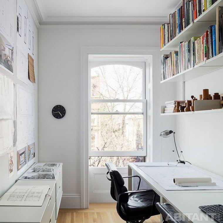Небольшой домашний кабинет - Светлый белый цвет