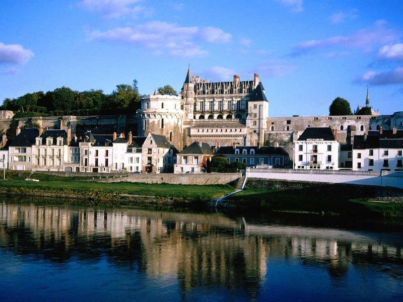 Отдых во Франции - Мир Туризма старинный замок во франции