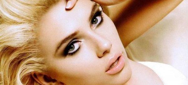 Общие правила вечернего макияжа, подбираем тени по цвету глаз, какие выбрать румяна и помаду, в какой последовательности наносить косметику.