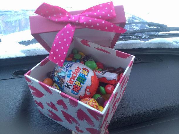 Подарок своими руками сладости в коробке