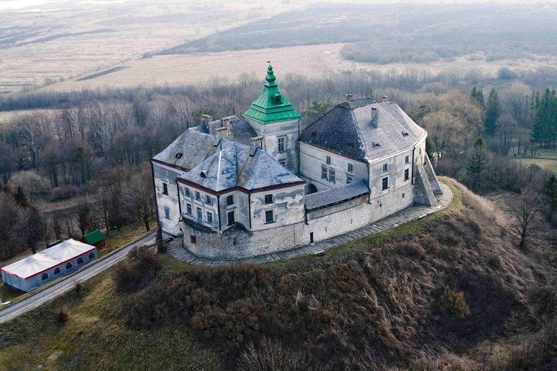 Олеський замок, вид с высоты птичьего полёта
