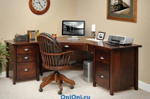 В нашей подборке - небольшой компьютерный стол фото вы найде.
