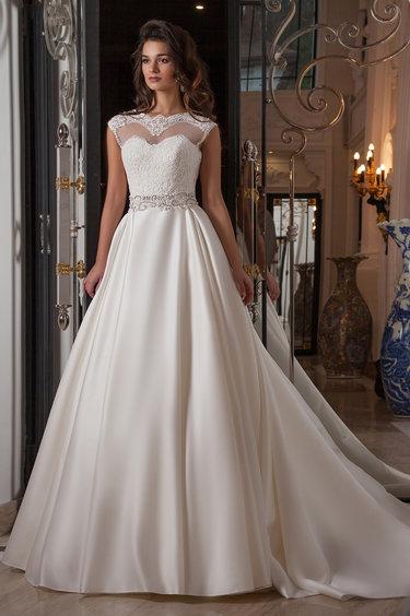 Почему выбор невесты падает на мини-платье