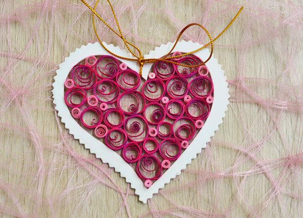 Открытка на день валентина квиллинг