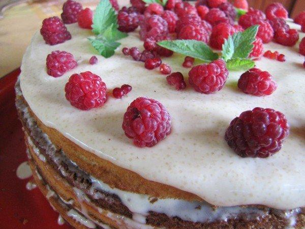 Как приготовить ягодный торт со сливочным кремом (ВИДЕО)
