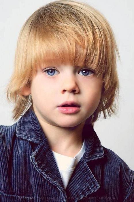Стрижка на длинные волосы для мальчика