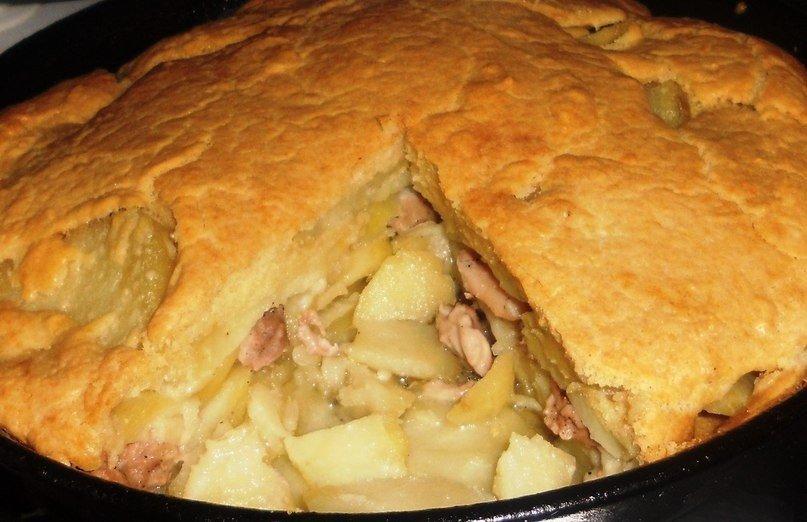 Начинка: филе курицы, 2 крупных картофелины, соль, перец - по вкусу.