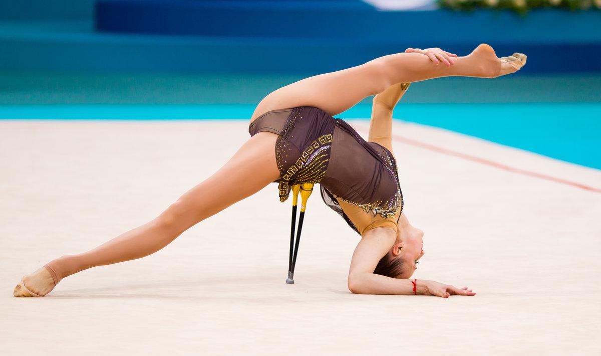 Смотреть голые гимнастки видео