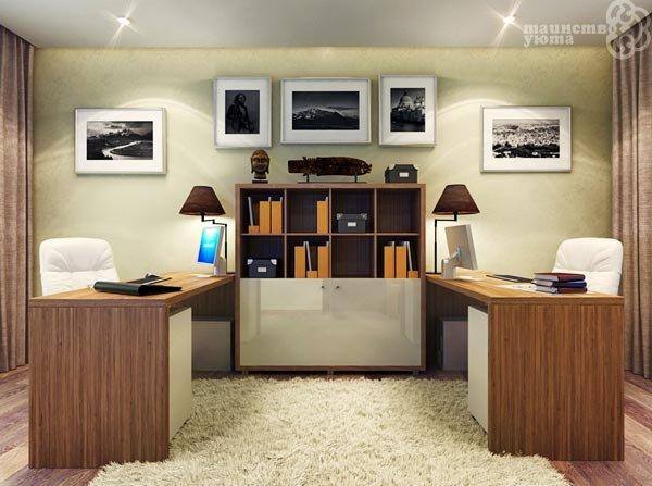 Бывает так, что комната для домашнего рабочего кабинета одна, а желающих трудиться в нем двое. Тогда возникает необходимость минимум поставить второй стол, а максимум полностью зонировать пространство  с учетом всех стилистических и цветовых предпочтений обоих хозяев.