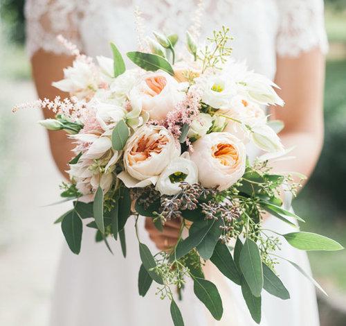 Растрёпанные свадебные букеты