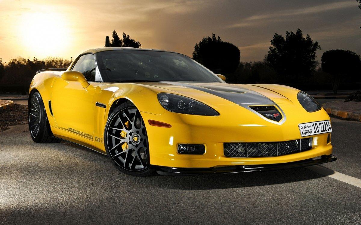 картинка желтого автомобиля фото она явно