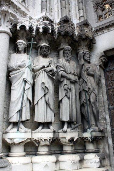 готическая скульптура. аббатство бат, англия.