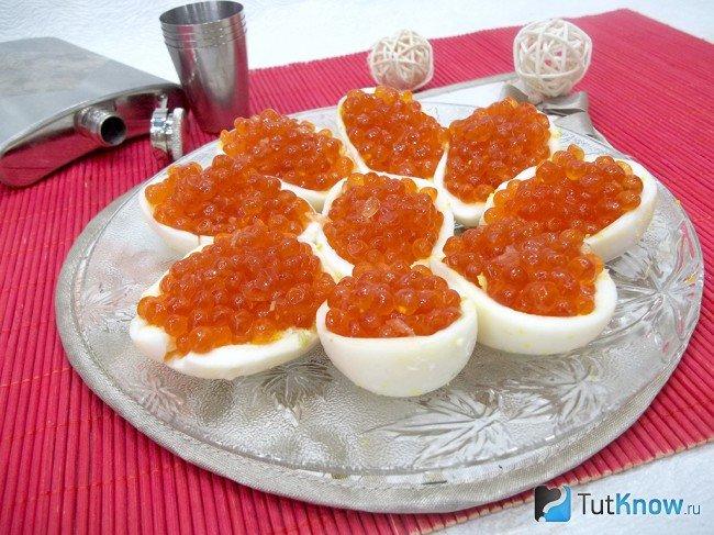Яйцо с икрой рецепты с фото