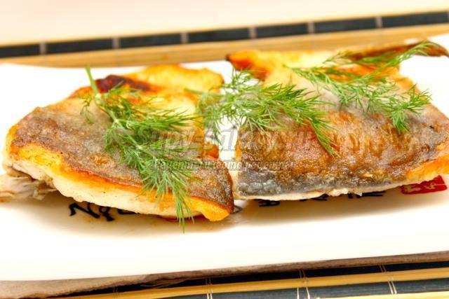 жареная рыба на праздничный стол