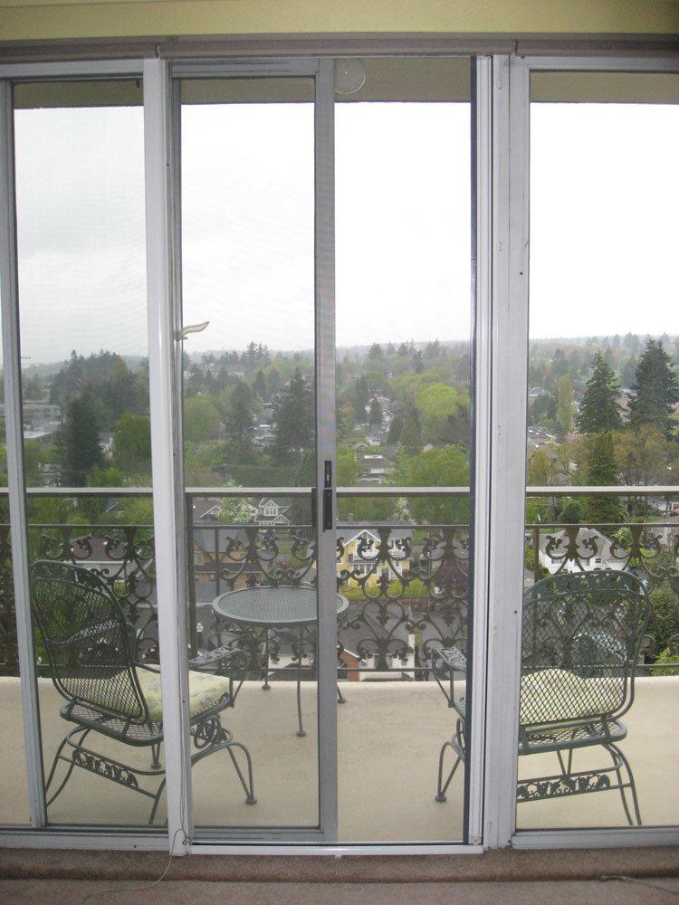 Французский балкон, фото французского остекления, особенност.