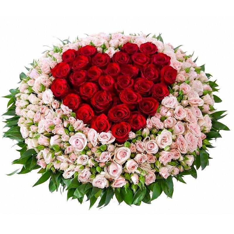 Цветы, самые красивые букеты из роз в форме сердца