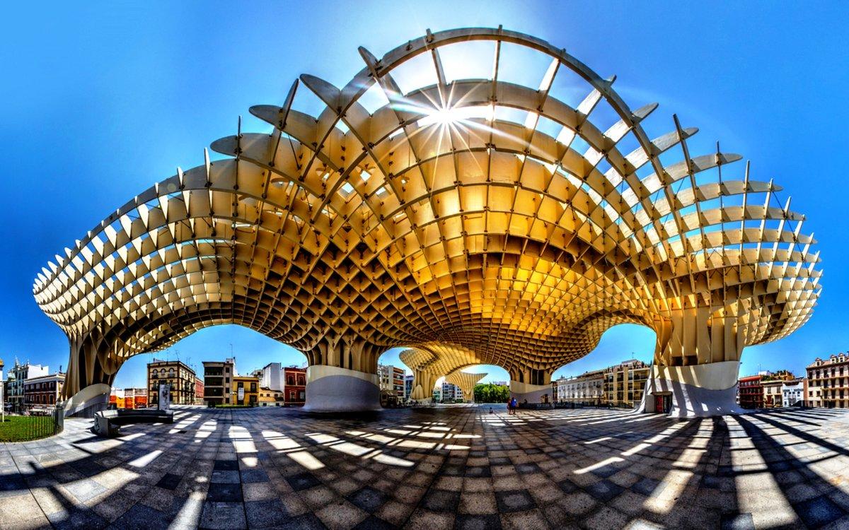 необычные здания мира фото внутри