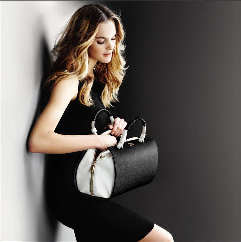 Женская сумка черная. Новая коллекция FURLA 2013