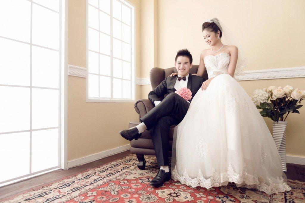 свадебная фотосессия в помещении позы удобства клиентов есть
