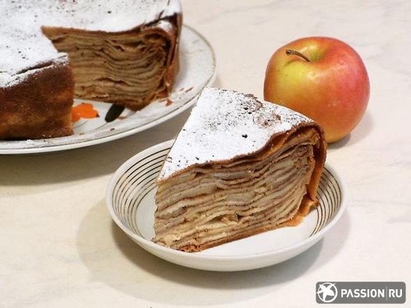 Пирог с яблоками из блинчиков