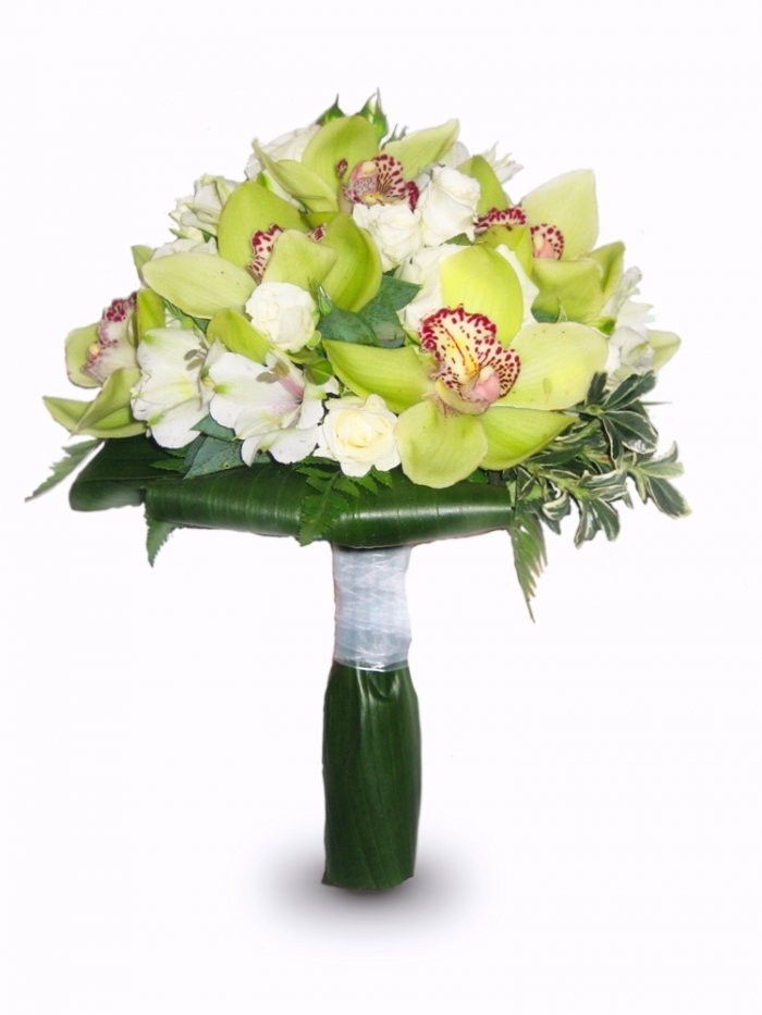 Подарочный букет из орхидей свадебный
