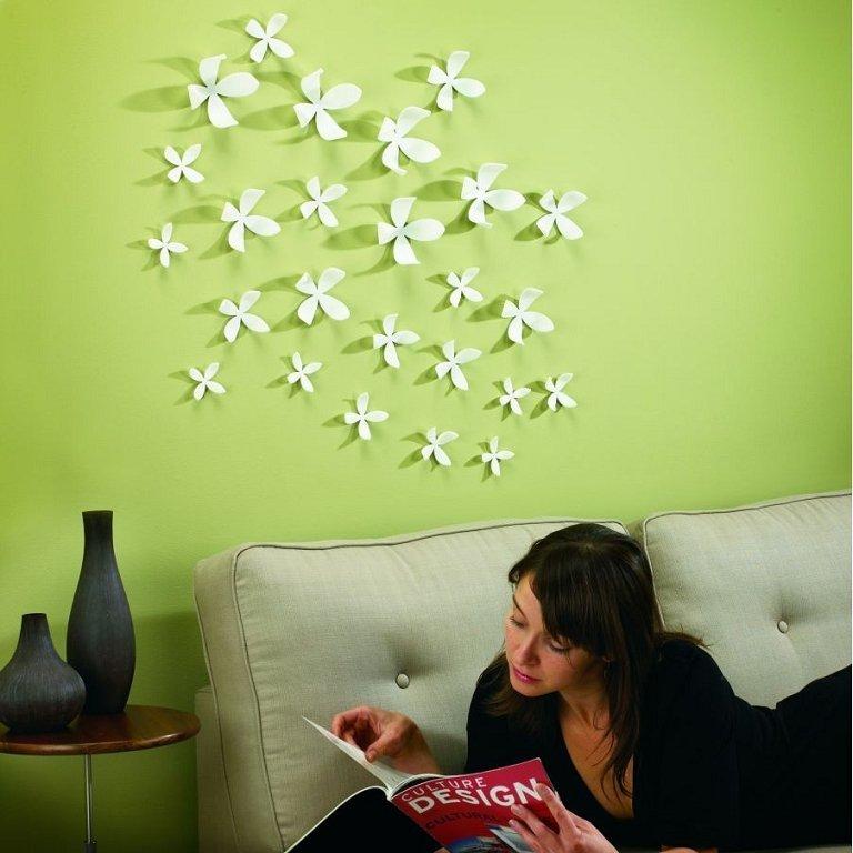 как украсить стену в офисе составить