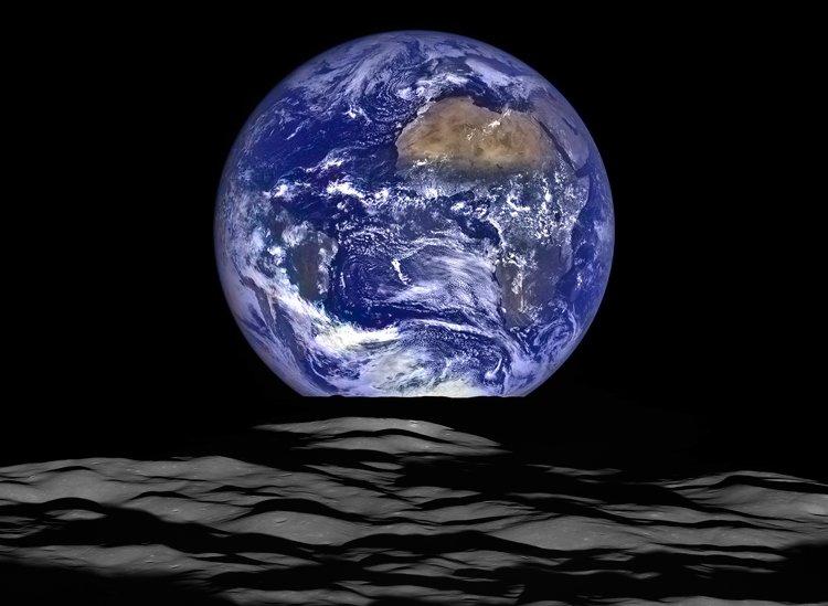 Фото дня: восход Земли над лунным горизонтом - новость из рубрики Наука и технологии, актуальная информация, обсуждение новости, дискуссии на Newsland.