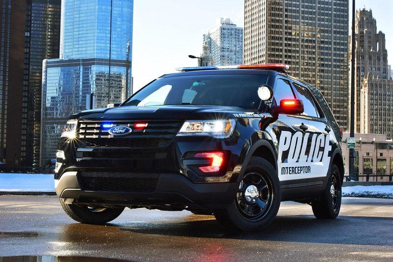 Полицейский кроссовер Ford Police Interceptor Utility - фото - LiveCars.Ru