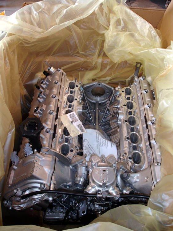 Ручная сборка BMW E30 M3 с двигателем V10 (72 фото)