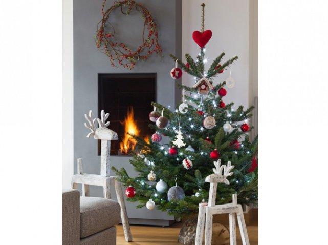3-Красивые-украшенные-елки:-фото
