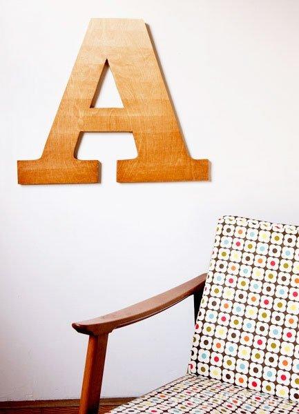 Буквы из фанеры - оригинальная декоративная поделка для дома