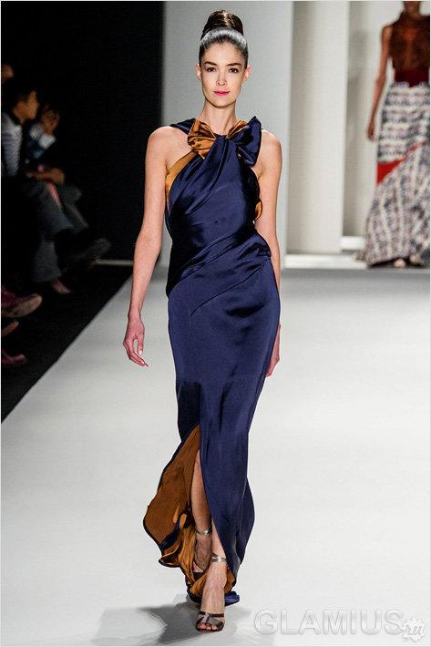 Двухслойное шелковое платье