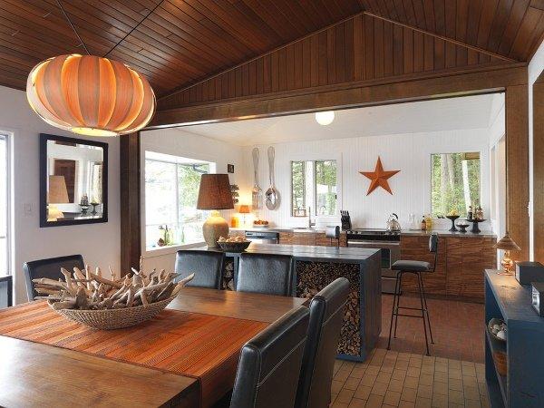 Крупный декор для стен на стильной кухне