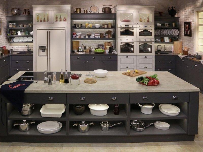 Кухни от производителя в Москве - купить современную кухню в салоне Giulia Novars, изготовление кухонь в Москве
