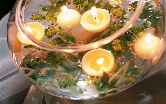 плавающие свечи в декоре свадьбы