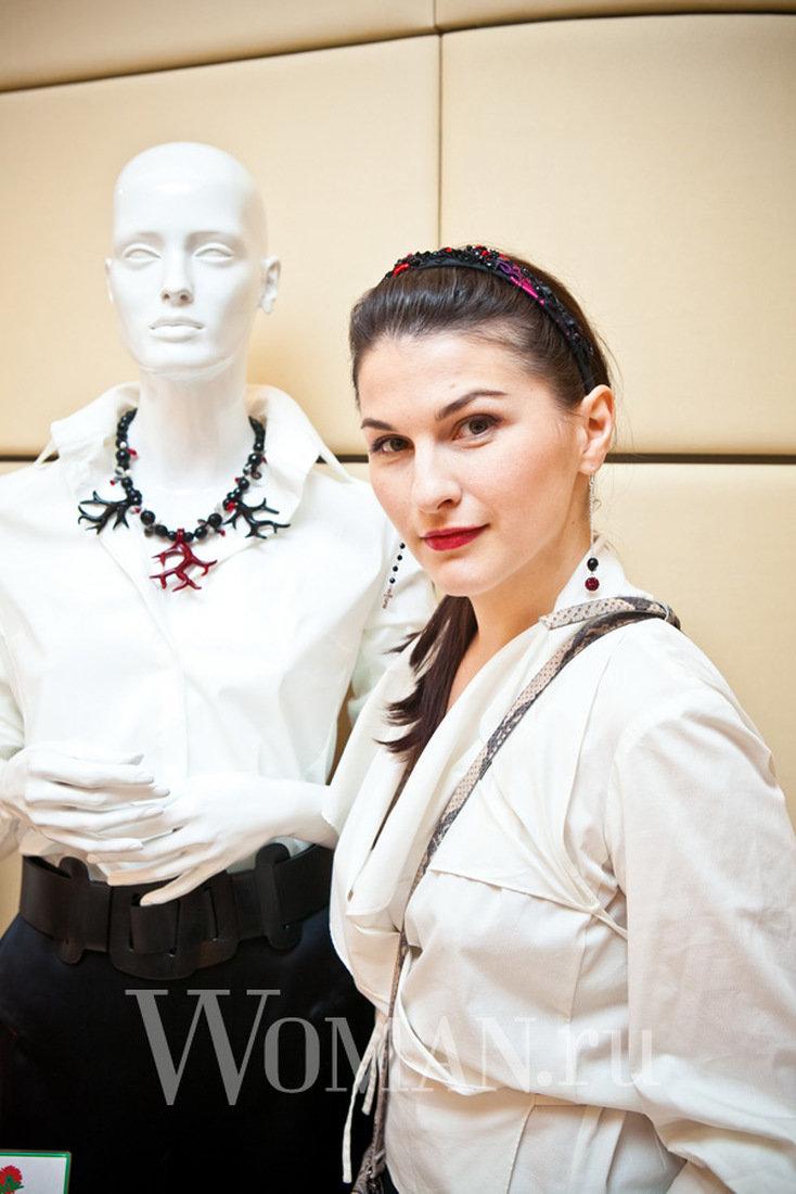 Выбор Эвелины Хромченко: модная бижутерия : Эвелина Хромченко и Леся Парамонова / фото 2