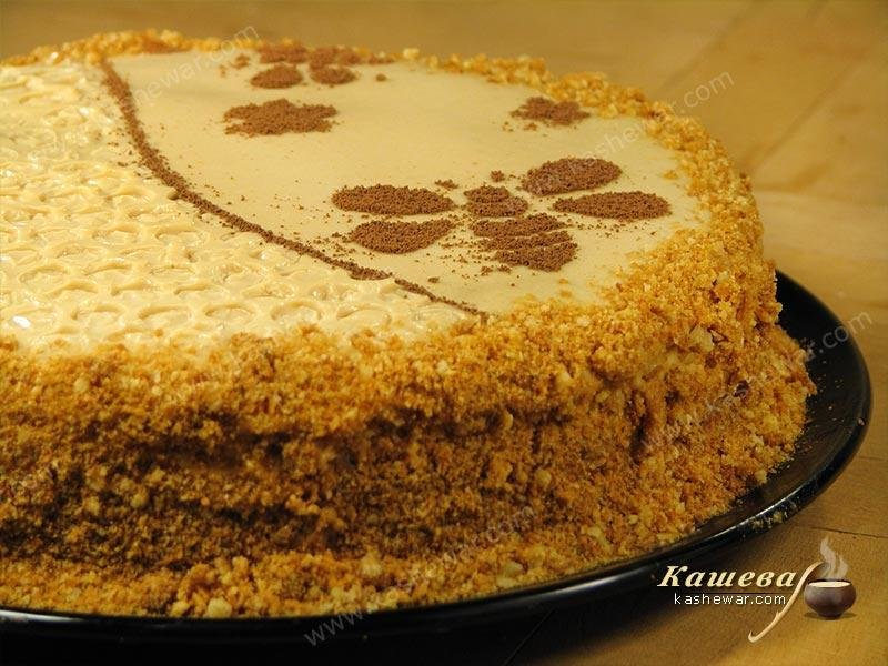 рецепт приготовления песочного торта с мёдом с фото