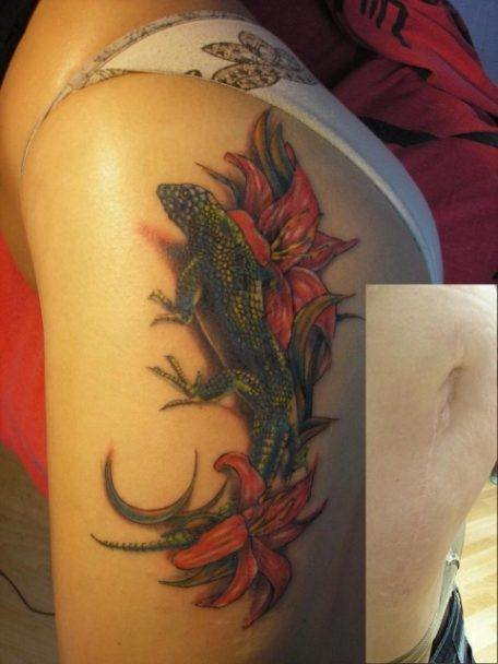 Татуировка ящерица на женской...