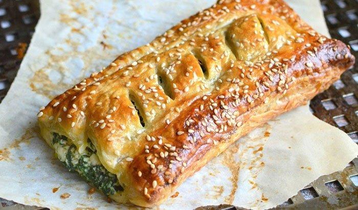 Греческий слоеный пирог