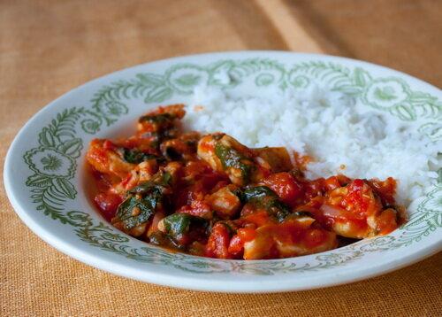 Куриное рагу со шпинатом. Рецепты вкусного приготовления всегда ценились у хозяек, любящих готовить вкусные блюда. - Рецепты приготовления особых блюд - Вторые блюда, рецепты приготовления - Рецепты приготовления салатов, супов, рецепты выпечки с фото - Рецепты приготовления супа, рецепты салатов, тортов