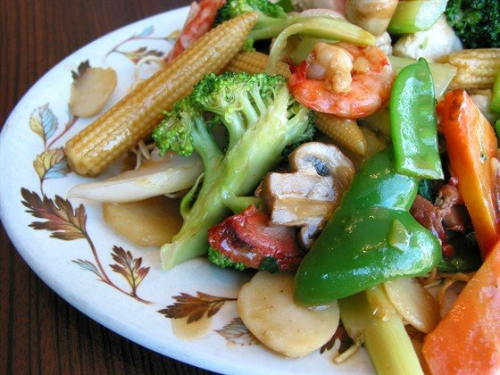 Овощи с креветками. Рецепты приготовления вкусных салатов всегда ценились у хозяек, любящих готовить вкусные блюда. - Рецепты приготовления салатов - Рецепты приготовления салатов, супов, рецепты выпечки с фото - Рецепты приготовления супа, рецепты салатов, тортов